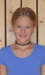 24 Portrait Lina klein